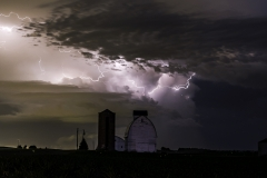 Madrid farm lightning