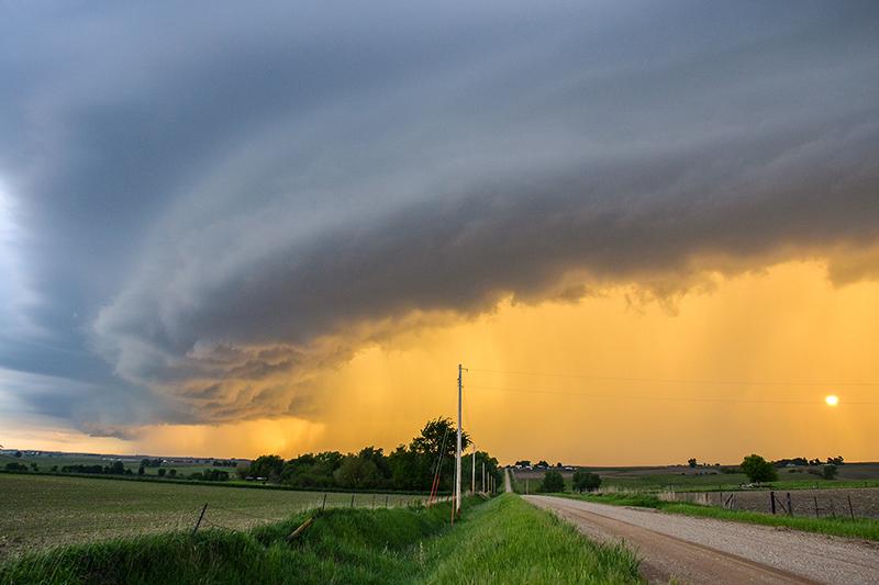 sun-behind-rain-curtain-ver-2-800x500.jpg