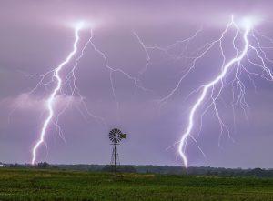 iowa lightning windmill